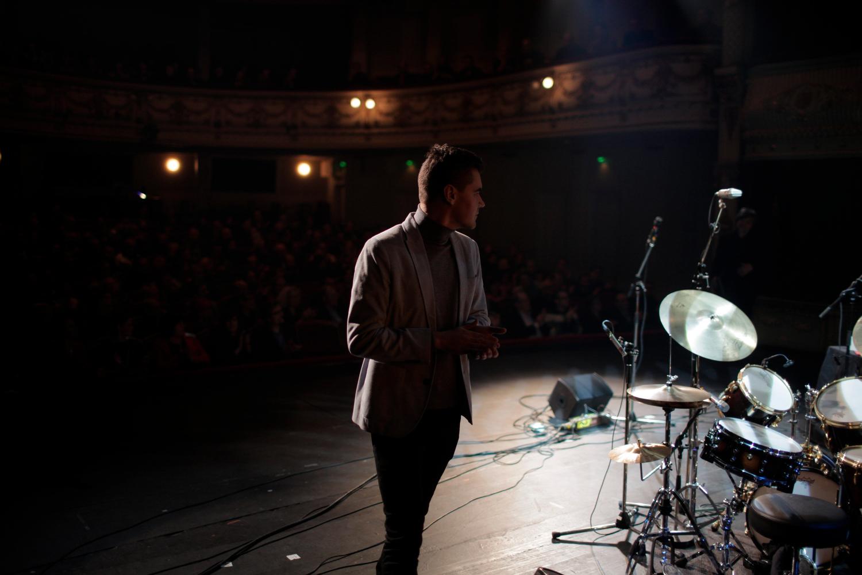 Matti Nives, We Jazz 2013 -tapahtuman avajaiskonserttissa (c) kuva Miikka Pirinen
